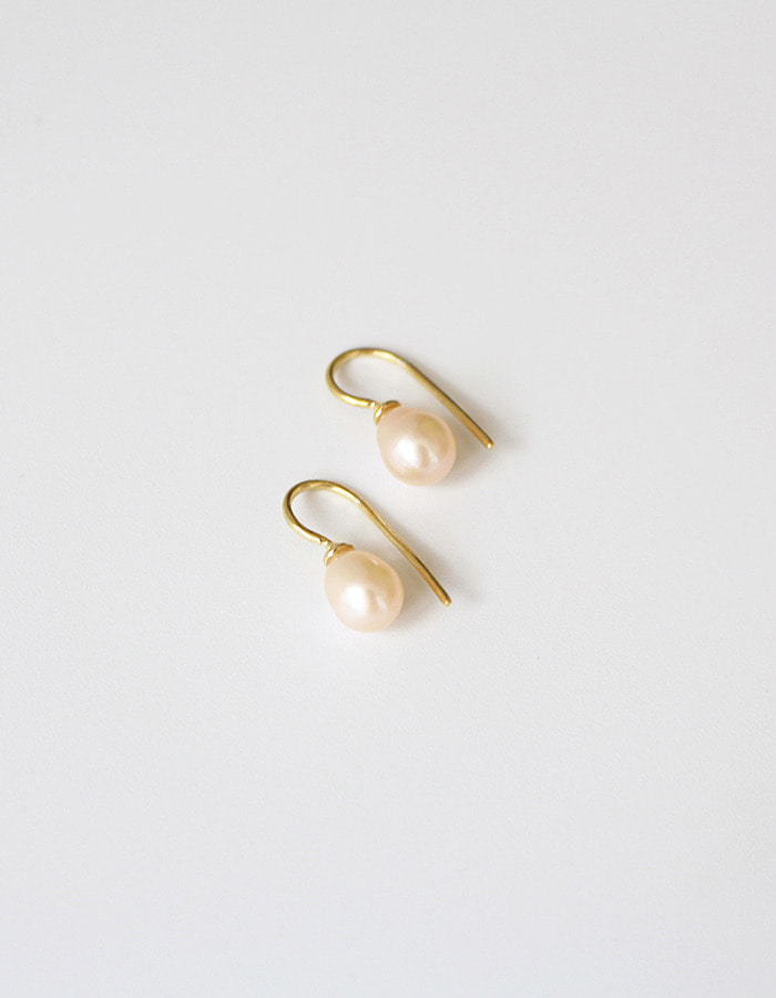 orbes) tear drop pearl earrings - 재입고