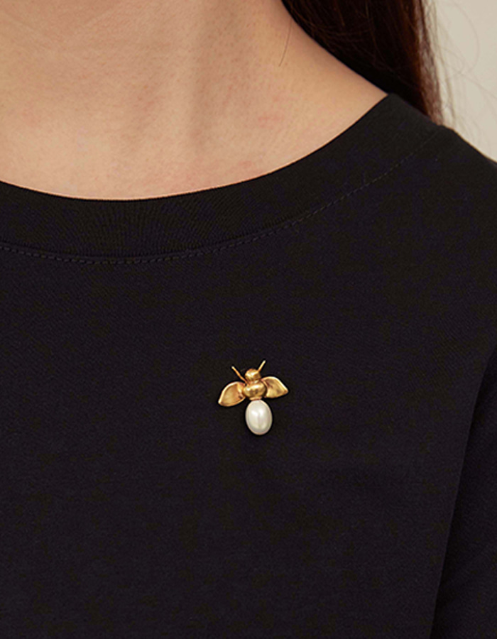 Only al,thing) bee brooch - 7차 재입고
