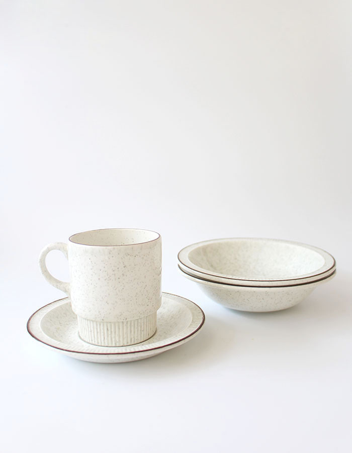 poole) cup&saucer & bowl