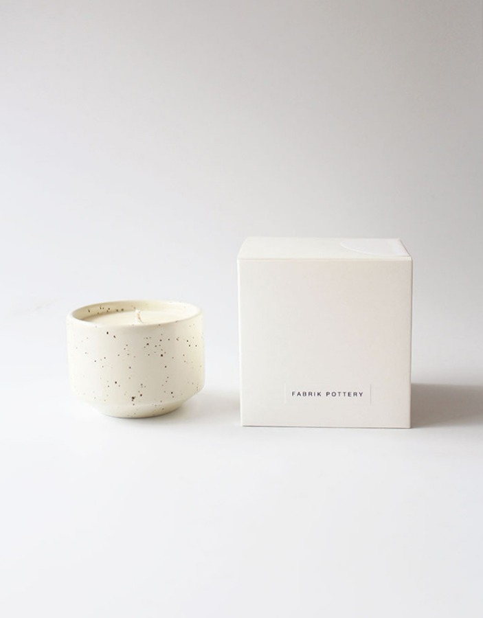 fabrik pottery x al,thing) exclusive untitle No.1 candle