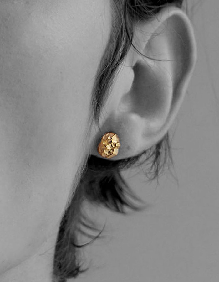 le bleu) mini rough earring