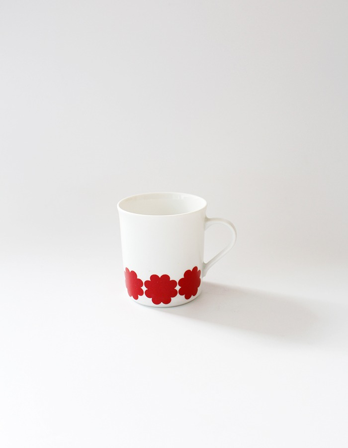 Eschenbach) vintage red flower cup
