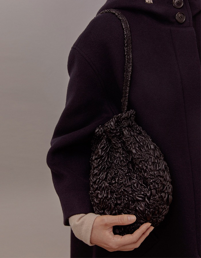 cosmoss) Wrinkle Pumpkin Leather Bag (Black)